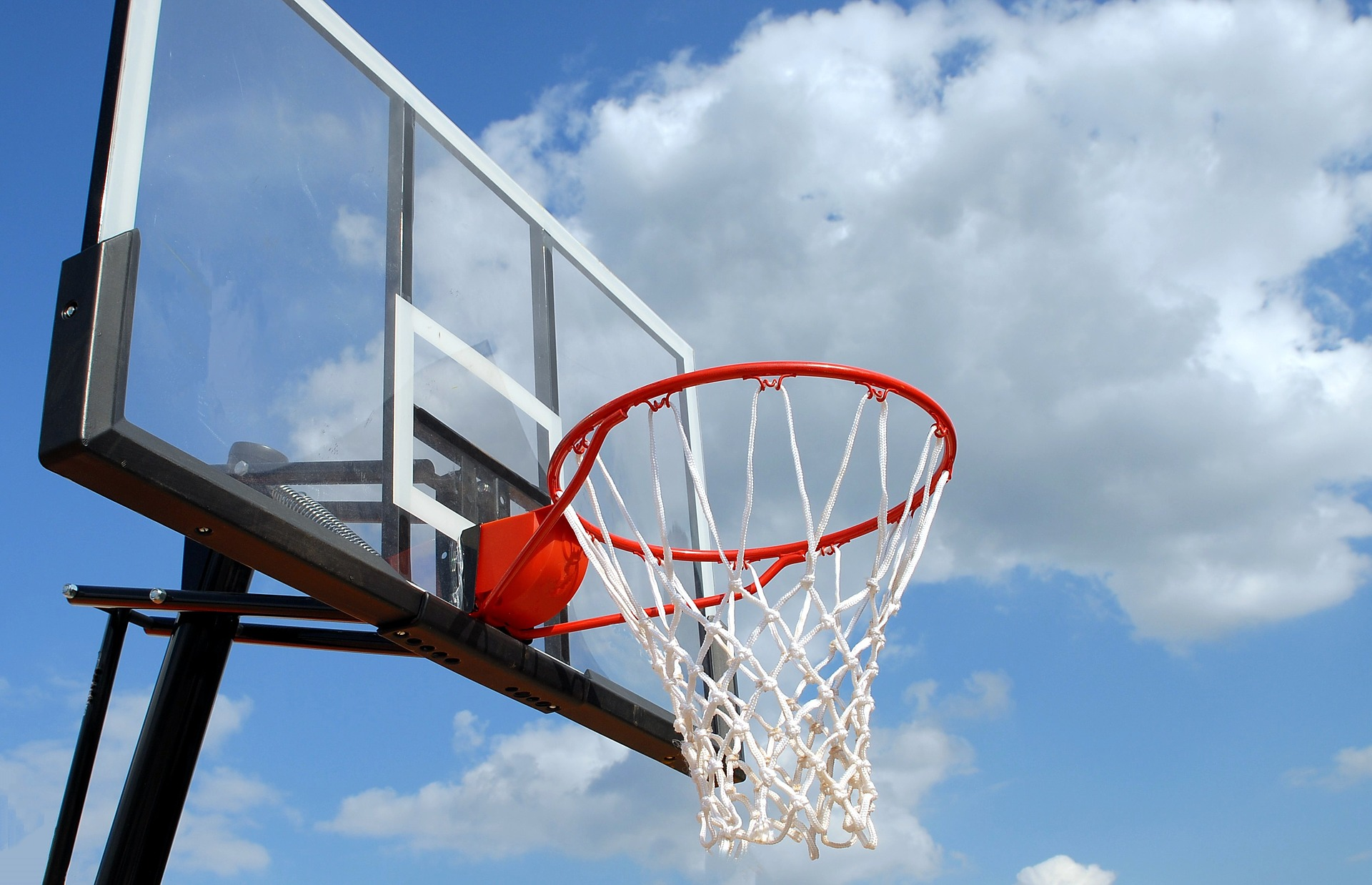 20180513 pixabay outdoor basketball 1639860 1920